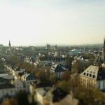 Stadtansicht mit St. Bonifatiuskirche und Johanneskirche
