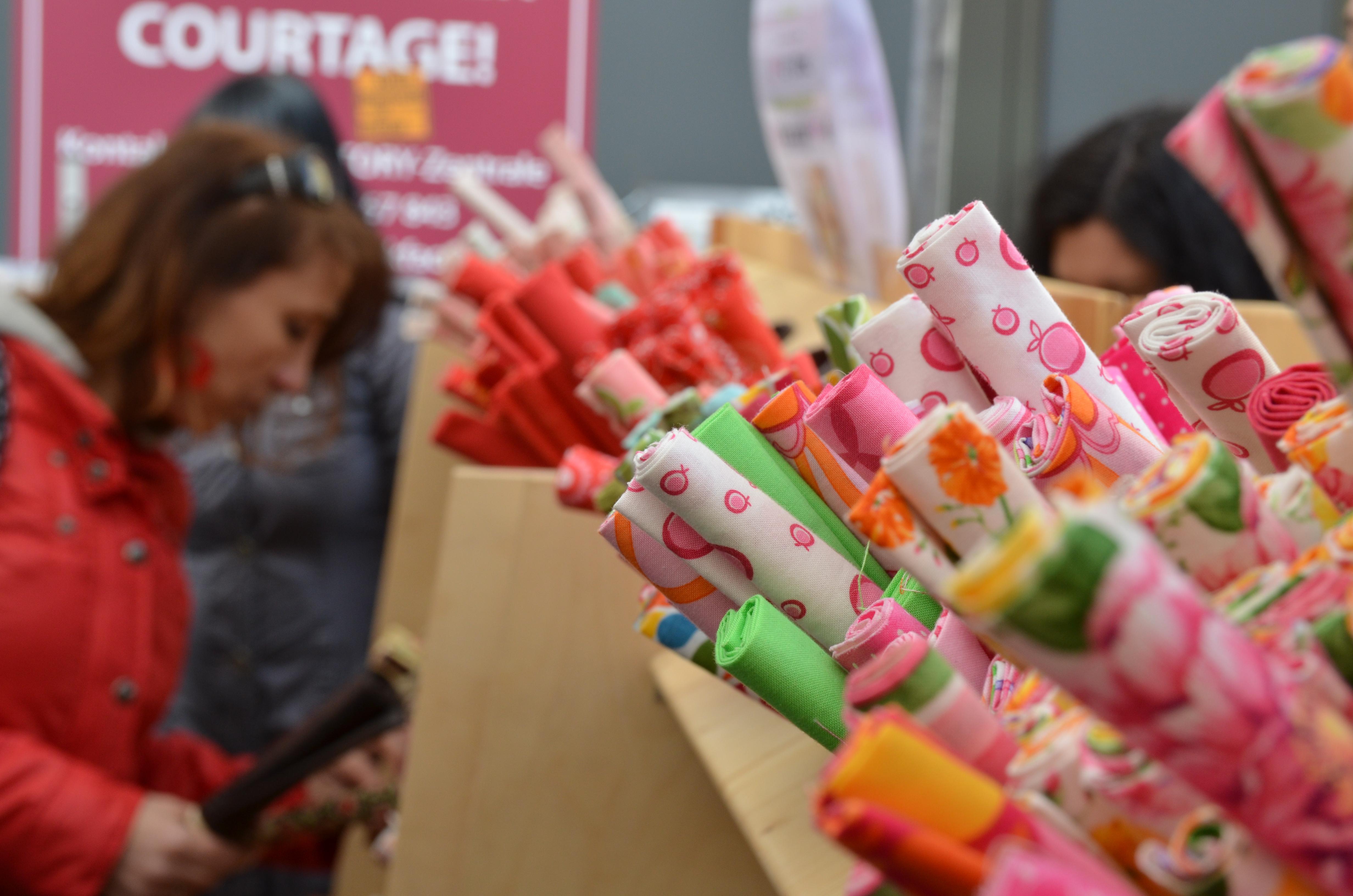 Deutsch holl ndischer stoffmarkt giessen entdecken for Innenraumdesign studieren